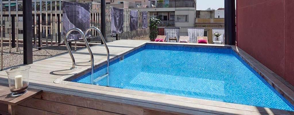 Piscinas para ticos 10 razones por las que tener una - Piscina terraza atico ...