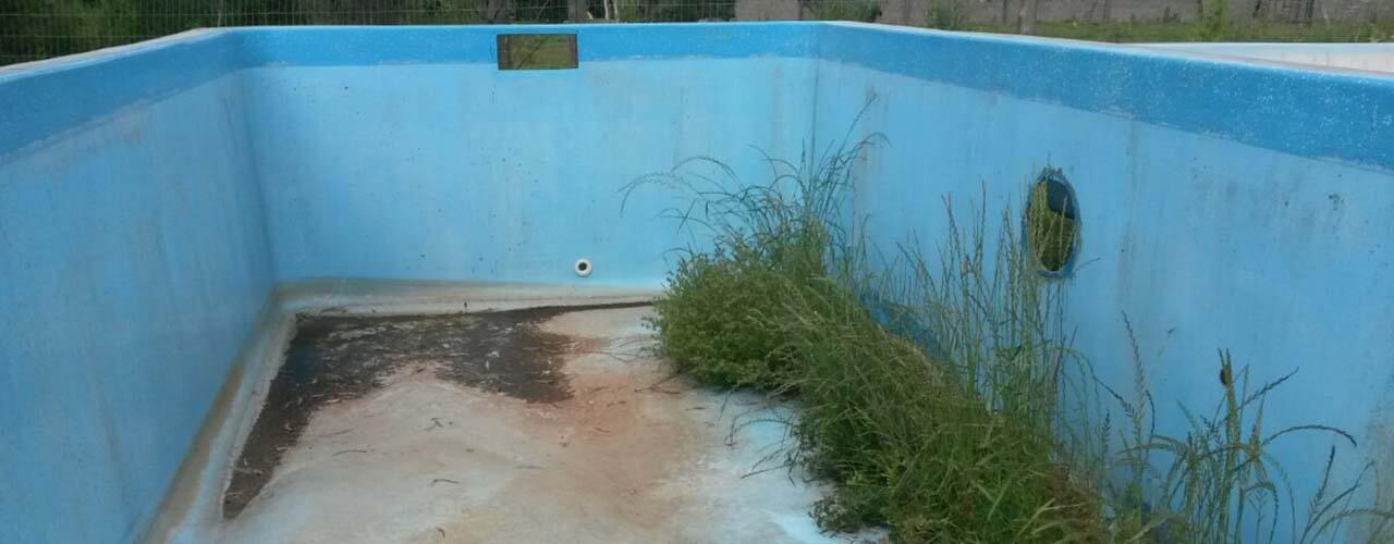 C mo reparar una piscina de fibra for Piscinas de fibra de ocasion