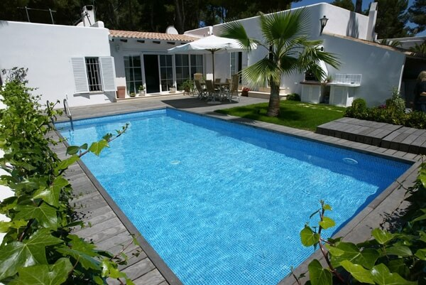 Piscinas de acero y liner presupuestos for Coste hacer piscina