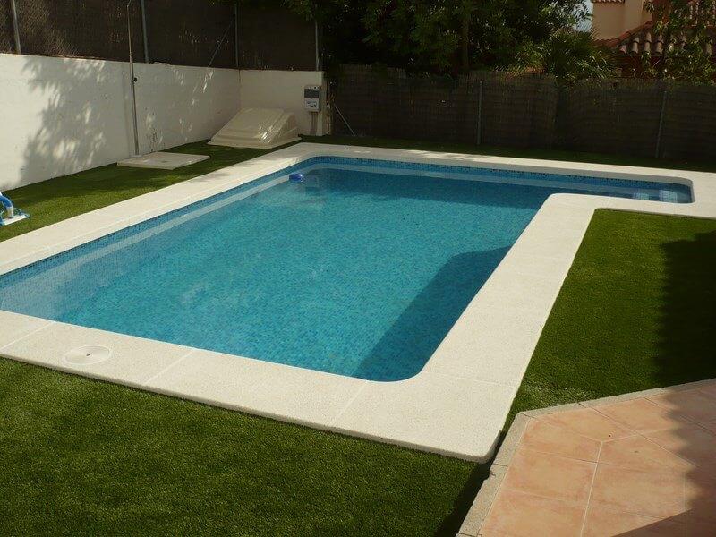 Piscinas de obra con hormig n presupuestos gratis sin for Diseno y construccion de piscinas de hormigon