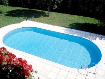 Piscinas de poliester y fibra piscinazos for Cuanto cuesta una piscina de obra